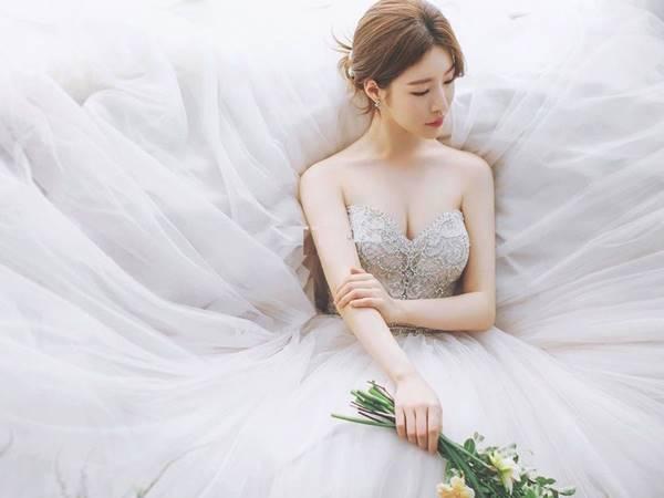 Nằm mơ thấy mình làm cô dâu thì con số may mắn xuất hiện là gì